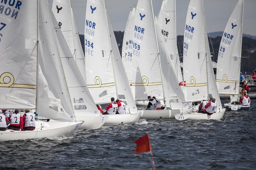 sailboats-696086_1280